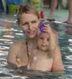 Babyschwimmen    4. - 8. Lebensmonat